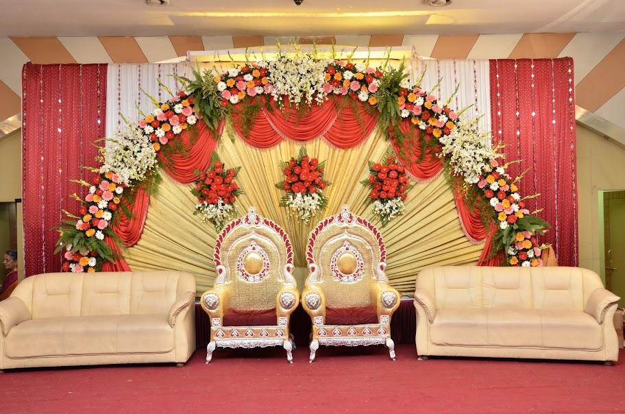 8148578779 By FLORIST AND FLOWER DECORATOR Best Flower Decoration In ChennaiBest Wedding Chennai Birthday GL